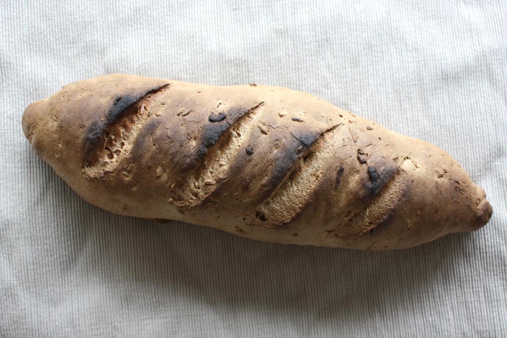 Pan campesino integral cocido