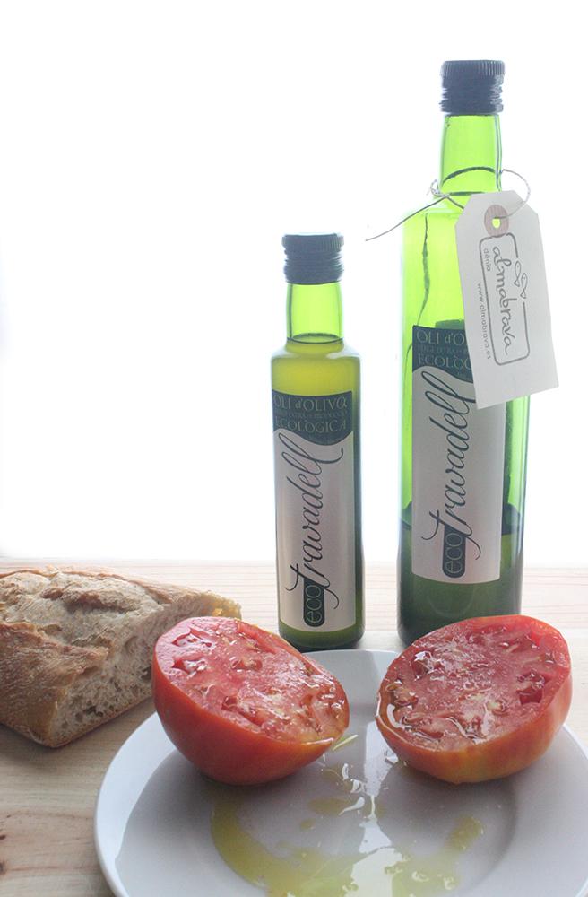 Aceite de oliva ecológico en Almabrava