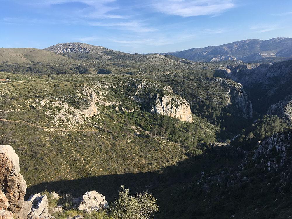Vall de Laguart y Barranc del Infern.
