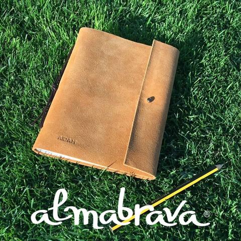 Cuadernos personalizados en piel afelpada