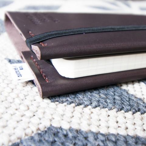 La libreta incluye un cuaderno A5